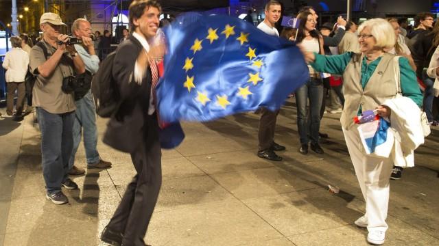 Croatia Celebrates European Union Entry