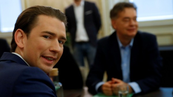 FILE PHOTO: Austrian Conservative leader Sebastian Kurz (L) and Greens party chief Werner Kogler meet for coalition talks in Vienna