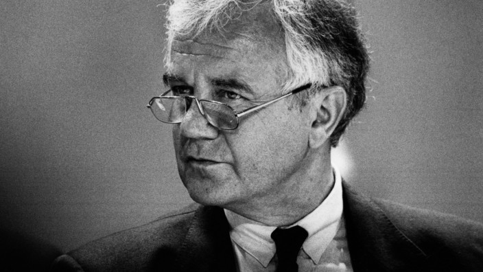 Manfred Stolpe, 1993