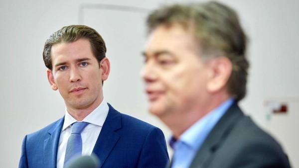- Wien 12.11.2019 - Nach einem Vieraugengespräch traten heute am frühen Abend die Parteichefs der ÖVP und der Grünen im