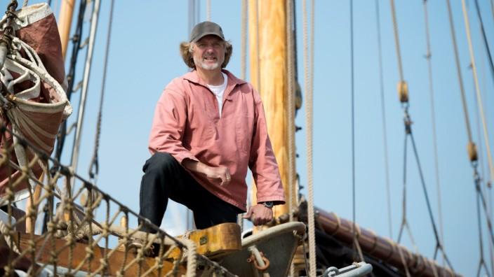 Arved Fuchs startet zu Expedition