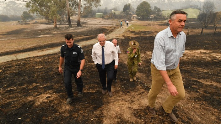 Evacuations Begin Following East Gippsland Bushfires