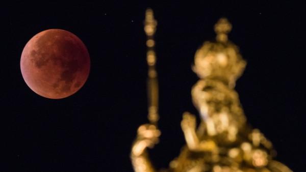 Mondfinsternis über München