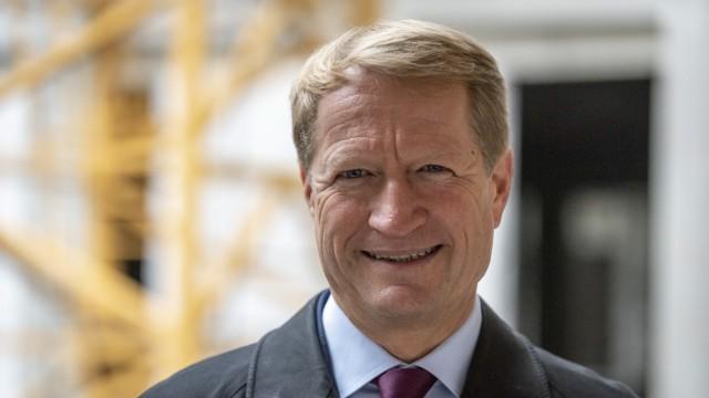 Ulrich Wilhelm bei Richtfest für Aktualitätenzentrum und Wellenhaus vom Bayerischen Rundfunk (BR) in München, 2019