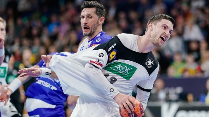 Handball: DHB-Spieler Hendrik Pekeler beim Spiel gegen Island
