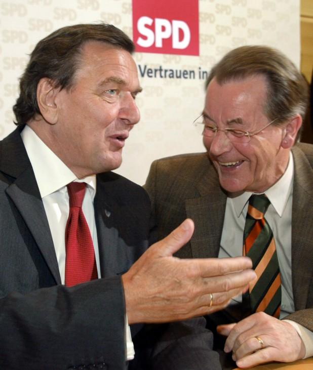 SPD-Parteiratssitzung Schröder Müntefering