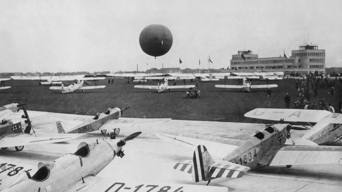 Flughafen München Oberwiesenfeld, 1931
