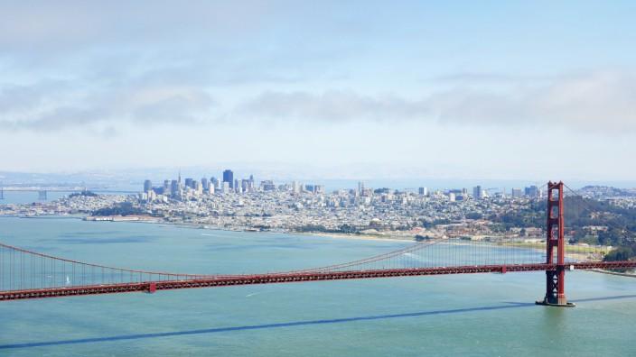 USA California San Francisco Golden Gate Bridge as seen from Marin Headlands Vista Point PUBLICAT