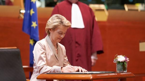 Vereidigung der EU-Kommission unter Ursula von der Leyen
