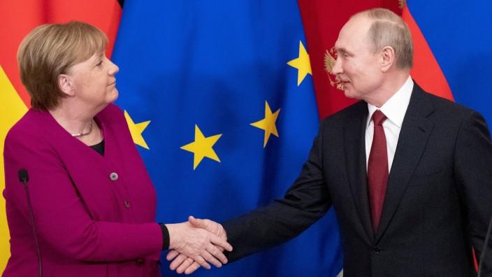 Bundeskanzlerin Angela Merkel und Russlands Präsident Wladimir Putin bei einem Treffen im Moskauer Kreml im Januar 2020.
