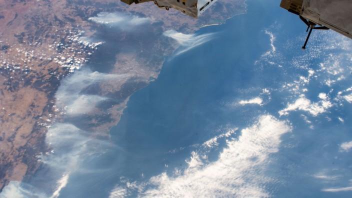 Klimawandel: Rauch der Buschbrände in Australien zieht über den Ozean