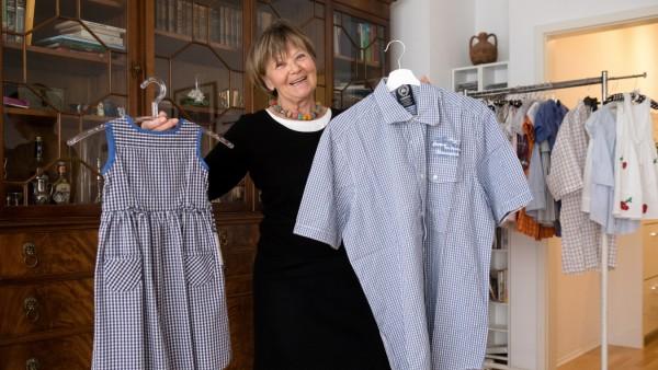 Ursula Cyris Kinderkleider, Herderstraße 6. Sie macht aus alten Herrenhemden Mädchenkleider