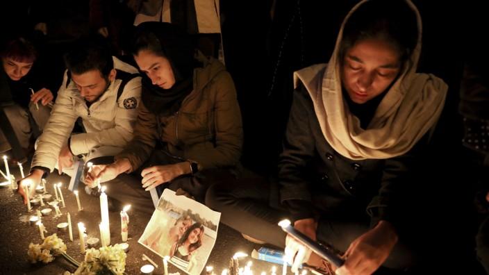 Iran: Mahnwache nach dem Flugzeugabschuss im Januar 2020
