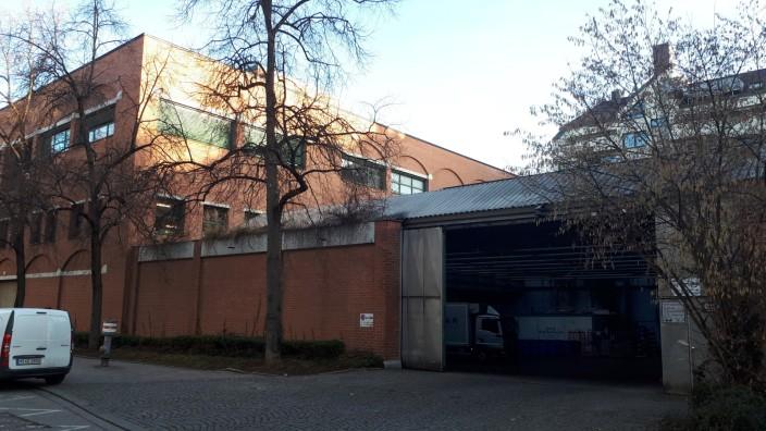 Kaufhof am Rotkreuzplatz