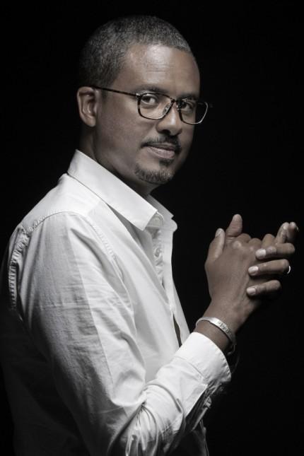 Antikriegsroman aus dem Französischen: David Diop ist 1966 in Paris geboren, im Senegal aufgewachsten und unterrichtet Literaturwissenschaft an der Université de Pau.