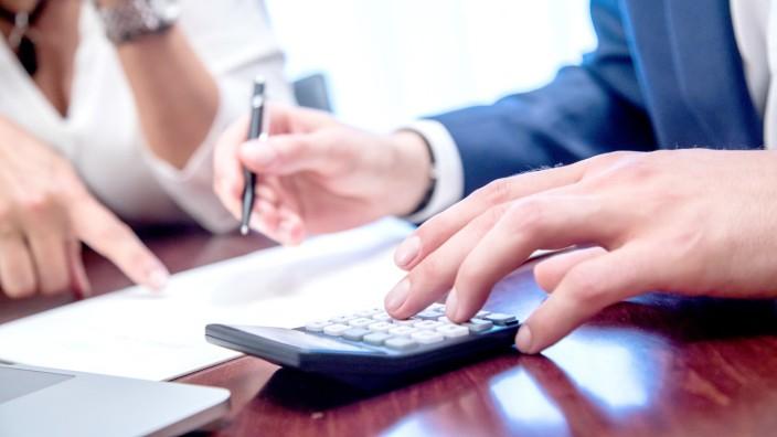 Keine Angst vor Pfändung: Privatinsolvenz befreit von Schulden