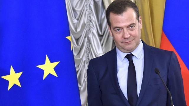 Tass: Russischer Regierungschef Medwedew tritt zurück