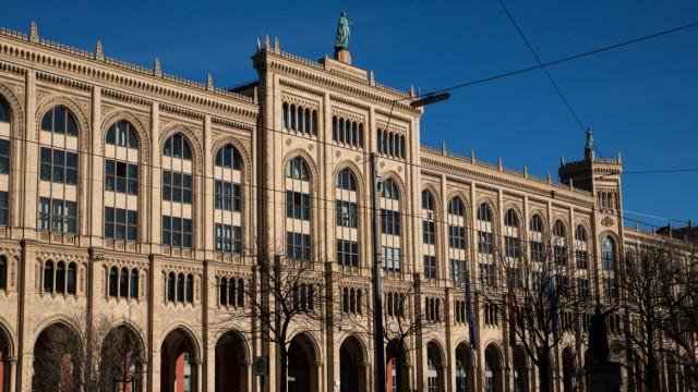 Gebäude der Regierung von Oberbayern in München, 2017