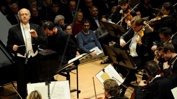 Das SZ Adventskalender-Konzert mit dem Symphonieorchester des Bayerischen Rundfunks, Leitung Ivan Fischer, Klavier Igor Levit, im Herkulessaal in München.