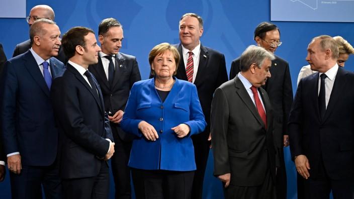 Libyen-Konferenz: Unterschiedliche Blickwinkel: Die Teilnehmer der Libyen-Konferenz in Berlin, einberufen von Kanzlerin Angela Merkel (M.), verfolgen unterschiedliche Interessen.