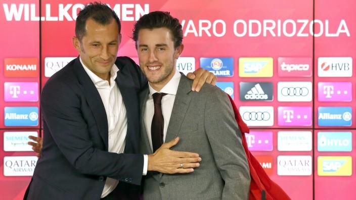 FC Bayern: Hasan Salihamidzic stellt Alvaro Odriozola vor
