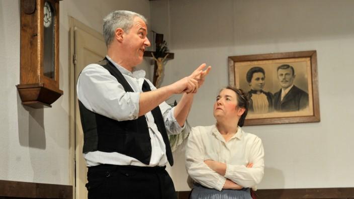Traubing: Theatergruppe   in 'Der Pantoffelheld'