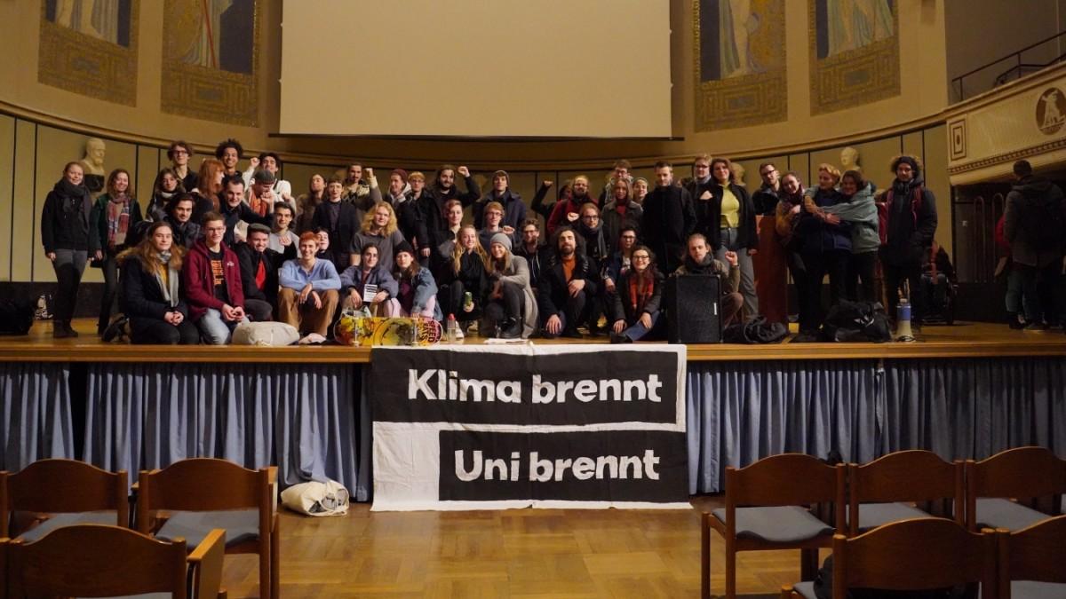 München: Universität sperrt Studenten in die Große Aula