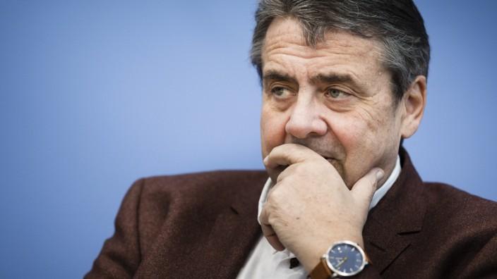 Neuer Job für Ex-SPD-Chef: Gabriel wird Banker