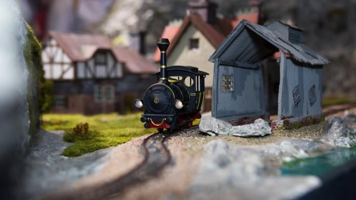 Dortmund IMBA Dortmund 2018 Modell der Lokomotive Emma aus Lummerland aus der Kinderbuchverfilmung J