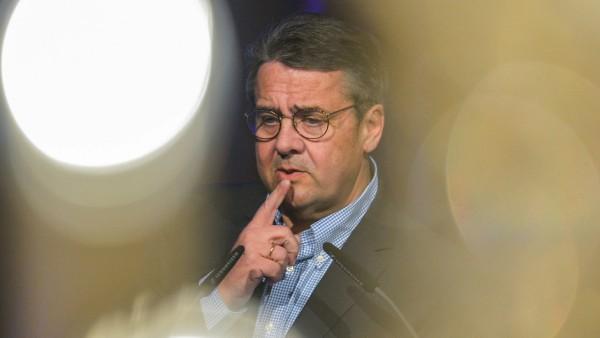 Gabriel soll Deutsche-Bank-Aufsichtsrat werden