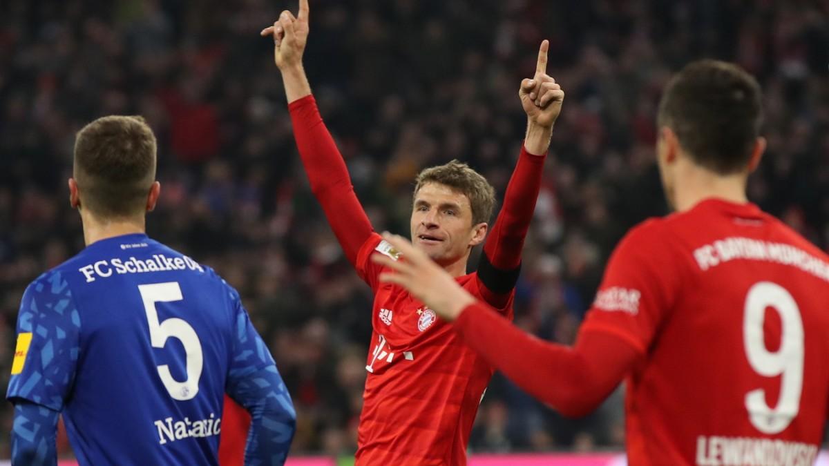 5:0 gegen Schalke: Der FC Bayern ist wieder da