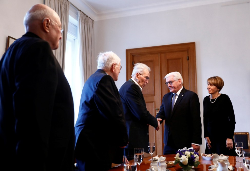 German president meets with Holocaust survivors on 75th anniversary of Auschwitz liberation