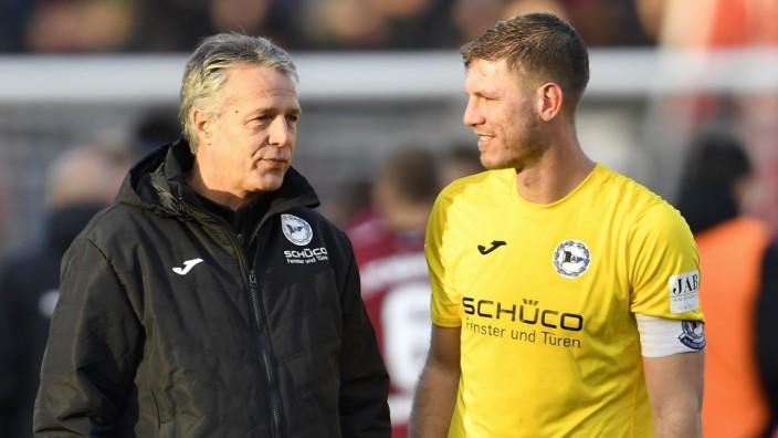 10.11.2019 - Fussball - Saison 2019 2020 - 2. Fussball - Bundesliga - 13. Spieltag: 1. FC Nürnberg Nuernberg FCN ( Club; fabian klos uwe neuhaus arminia bielefeld