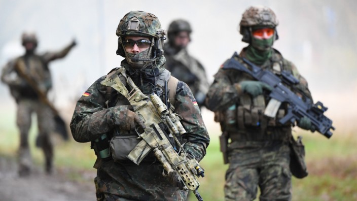 Bundeswehr: Kampfschwimmer bei der Marine