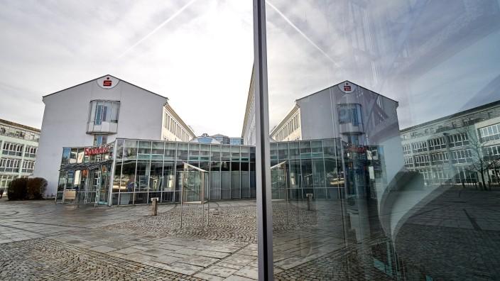 Finanzruine Sparkassenplatz EBE