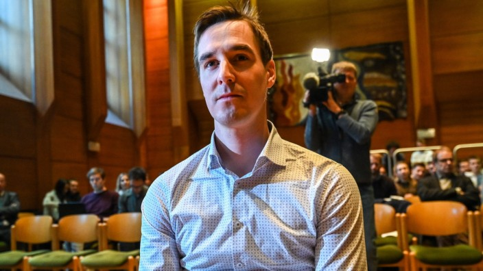PROZESS DÜRR JOHANNES Prozess am Landesgericht Innsbruck DÜRR Johannes und der ehemalige Trainer HEIGL Gerald