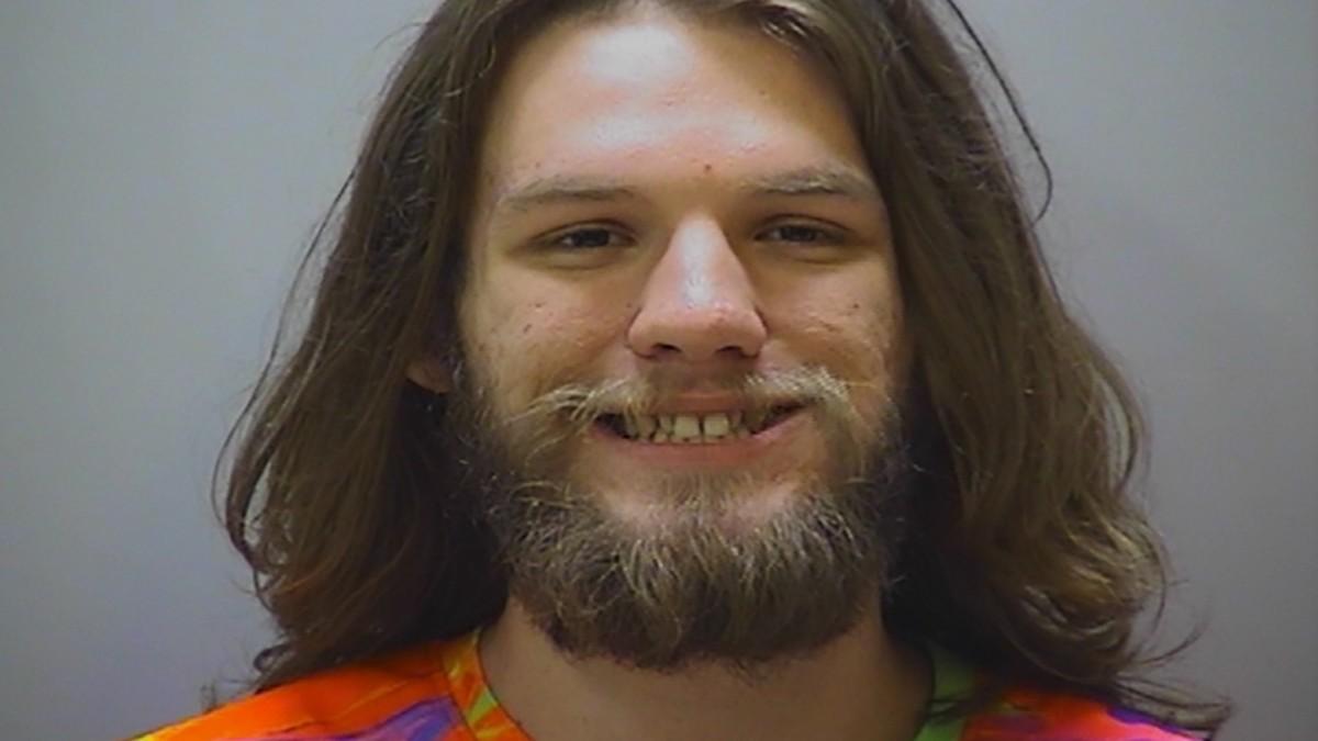 Tennessee: Angeklagter raucht im Gericht Marihuana