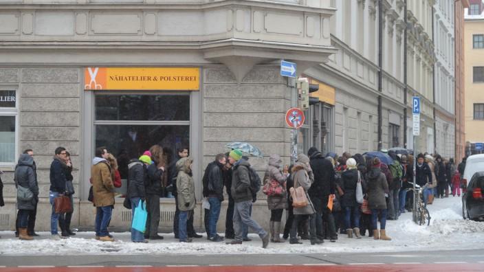 Wohnungsbesichtigung in München, 2013