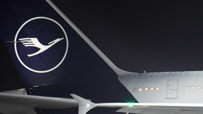 Lufthansa-Maschine am Münchner Flughafen