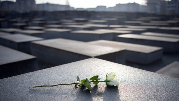 Holocaust Gedenktag - Holocaust-Mahnmal Berlin