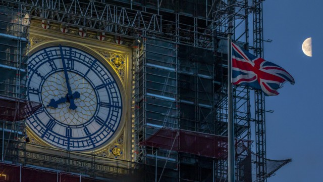 January 17, 2020, London, London, UK: London, UK. The moon looking down at Big Ben as confusion remains as to whether B