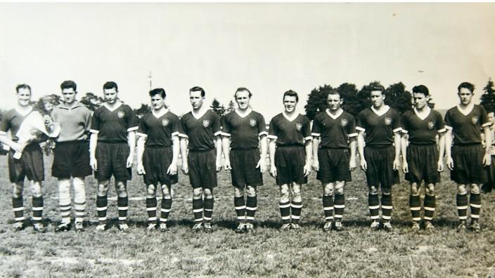 FC Penzberg Sonderausstellung; Mannschaftsfoto von 1955