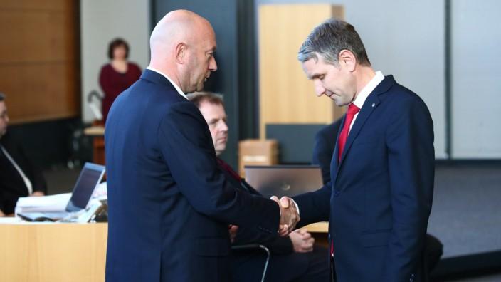 Wahl in Thüringen: Björn Höcke gratuliert Thomas Kemmerich
