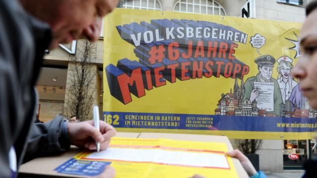 Volksbegehren Mietenstopp in Bayern: Unterschriftensammlung in München