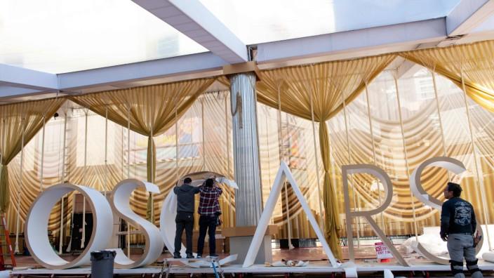 Oscar 2020: Arbeiter bei den Vorbereitungen zur Oscar-Verleihung 2020 in Los Angeles