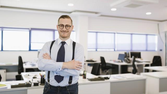 Portrait of confident businessman in the office model released Symbolfoto property released PUBLICAT