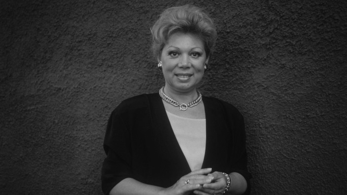 Ariccia Roma 1990 Italian soprano Mirella Freni Ariccia Roma 1990 Il soprano Mirella Freni