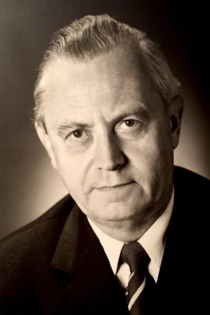 Helmut Deckert