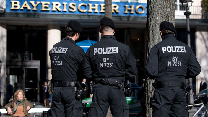 3900 Polizisten sichern Sicherheitskonferenz