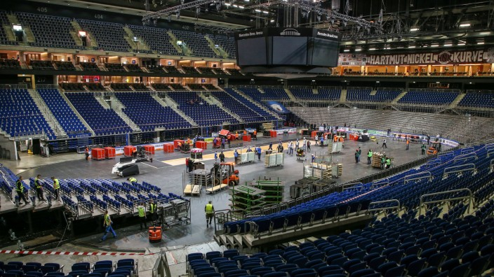 Umbautraining Mercedes Benz Arena